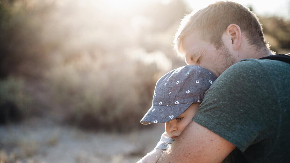 再婚前登記孩子戶口,卻只能歸屬前夫,律師擬訴狀否認婚生子女