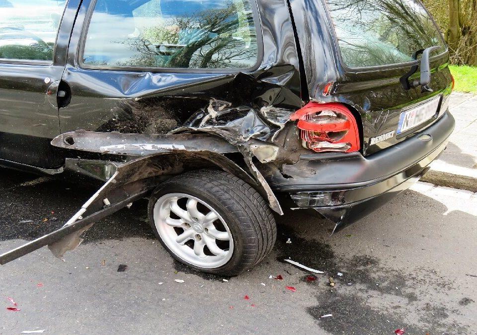 車禍賠償太繁雜,肇事駕駛不認帳,賠償金計算無頭緒 委任律師爭取!