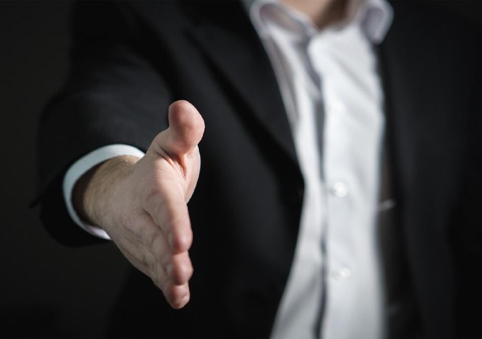 靈骨塔位脫手買賣卻遭仲介詐騙,委請律師提起詐欺訴訟請求給付違約金