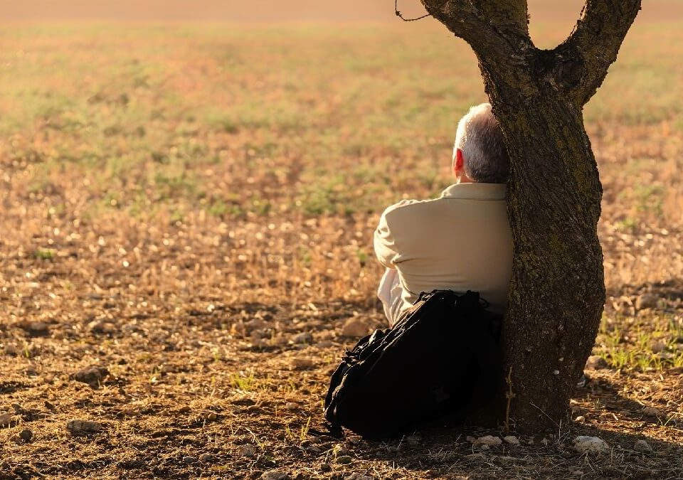長期負擔老父親扶養費,社會局竟要求支付病弟60萬療養費,律師主張否認支付不當費用