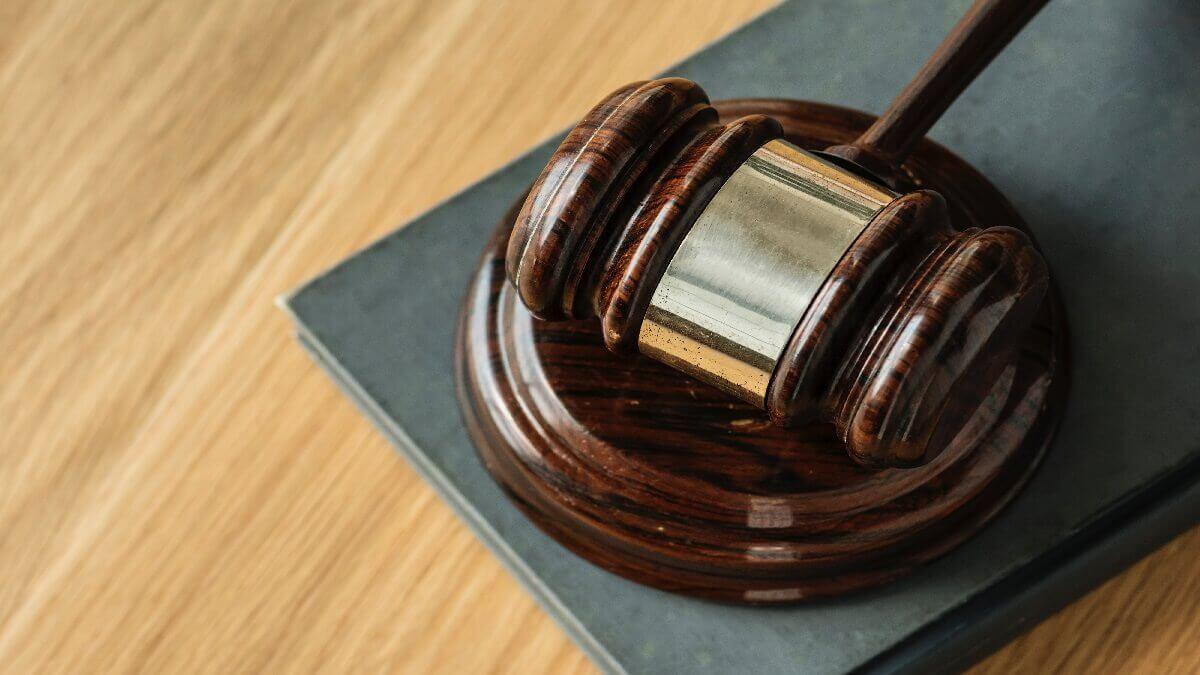 烏龍報案遭檢察官起訴誣告罪,委任刑事律師撰寫答辯狀 爭取緩刑
