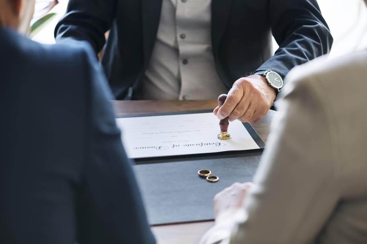 離婚協議書 該怎麼寫?專業律師報你知!