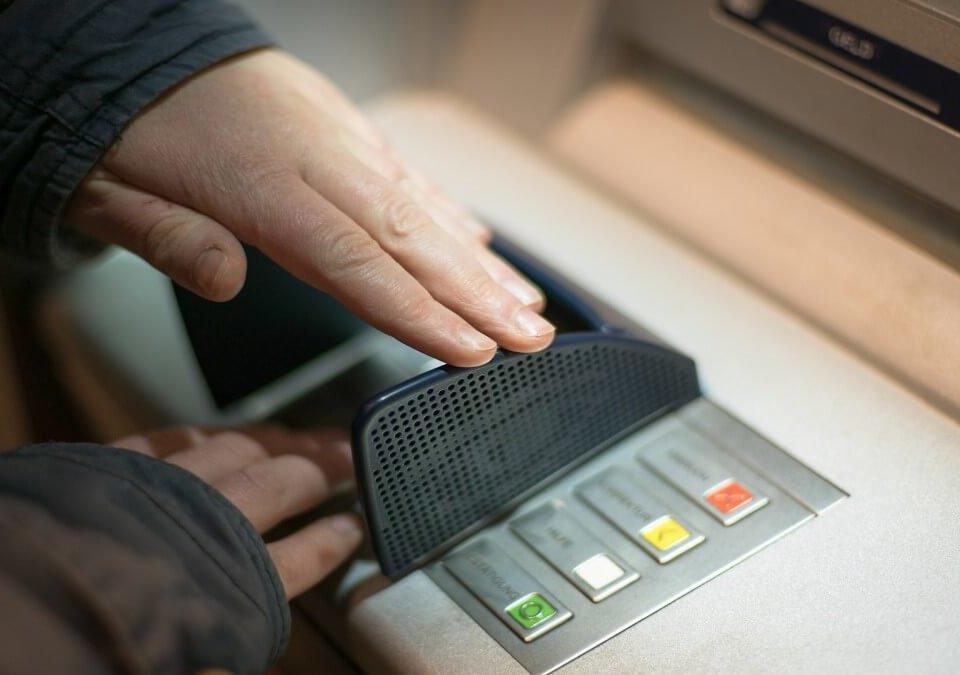 貸款誤成人頭帳戶,竟收到傳票?緊急委任詐欺罪律師陪同偵訊!