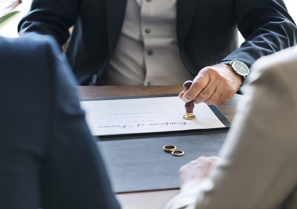 什麼情況需要請律師陪同?律師陪同費用如何計算?