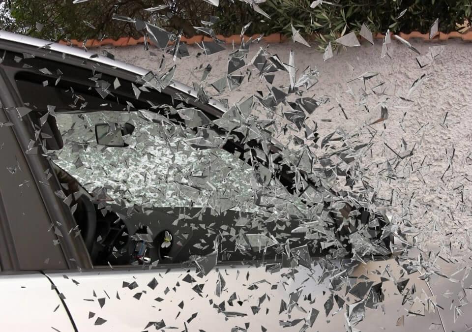 發生車禍僅回頭看一眼?怒請律師提起肇事逃逸過失傷害訴訟!